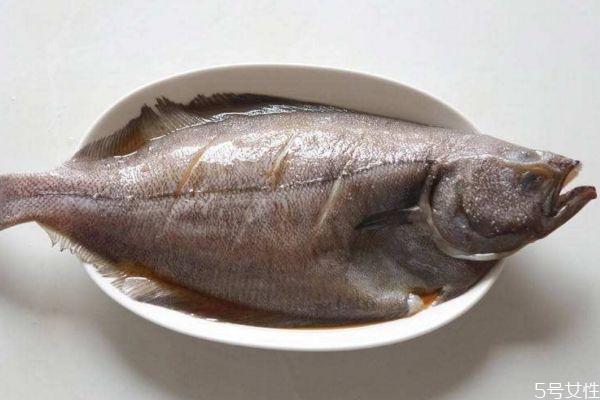 吃比目鱼有什么好处呢 比目鱼怎么做好吃呢