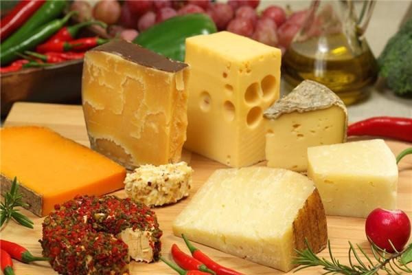 奶油和奶酪有什么区别 开封的奶酪怎么保存