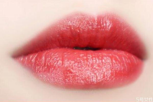 mac口红珊瑚色是几号 mac哪款口红适合素颜