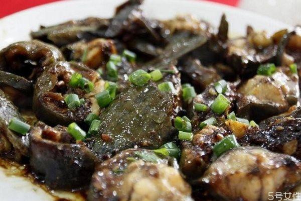 塘鲺煲黑豆的功效是什么呢 塘鲺孕妇可以吃吗