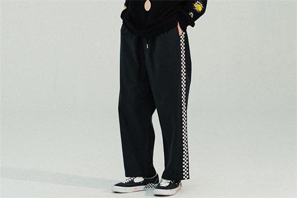 今年流行什么休闲裤男 男士休闲裤流行趋势