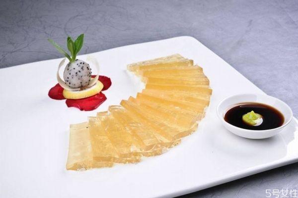 吃鱼翅有什么好处呢 鱼翅怎么做好吃呢