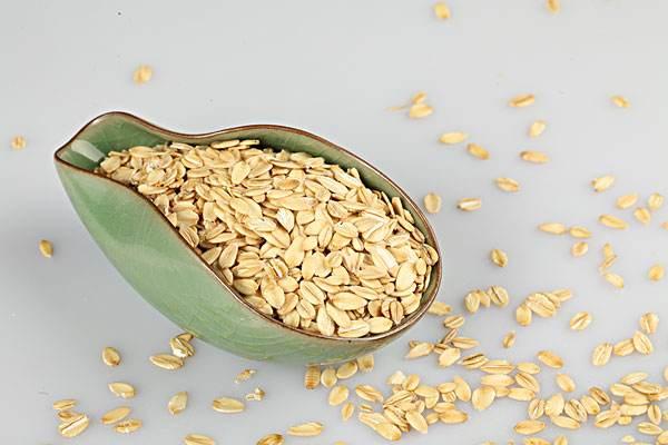 燕麦片一天吃几顿减肥 吃燕麦片减肥要注意什么