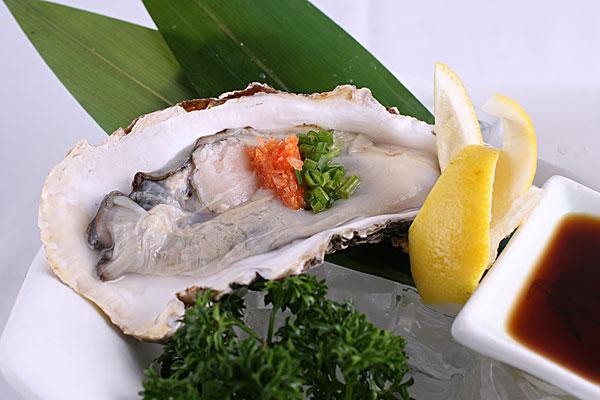 蒸生蚝是冷水下锅还是热水下锅 生蚝一次吃多了会怎样