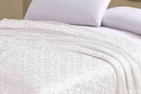 竹苇棉是什么面料 竹苇棉和纯棉哪个好