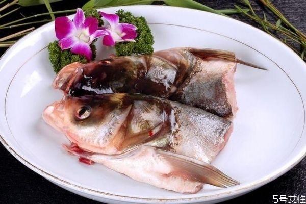 鱼头有什么营养价值呢 吃鱼头有什么好处呢