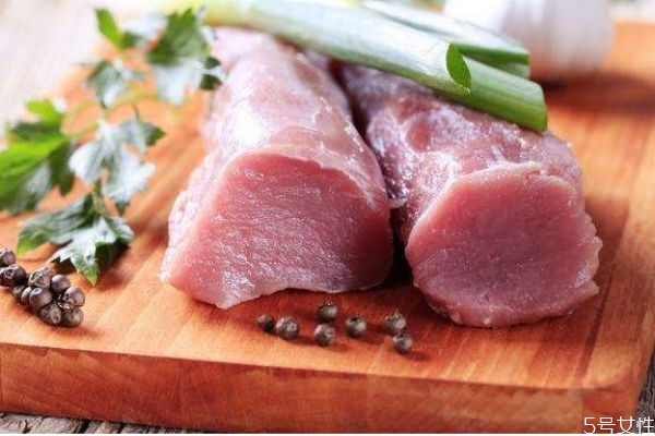 猪肉是白肉吗 为什么猪肉不是白肉呢