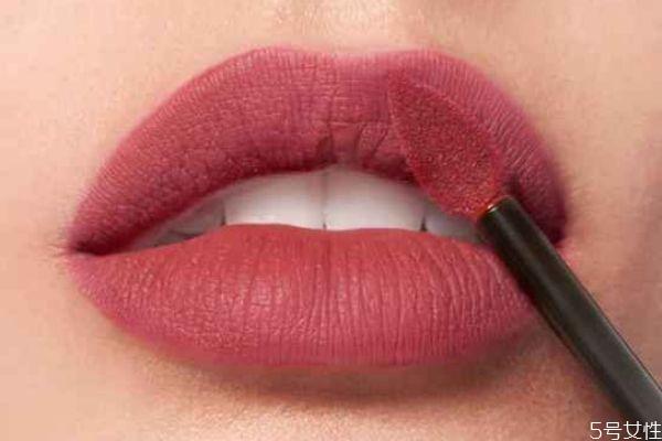 欧莱雅小钢笔唇釉有哪些颜色 欧莱雅小钢笔唇釉怎么样