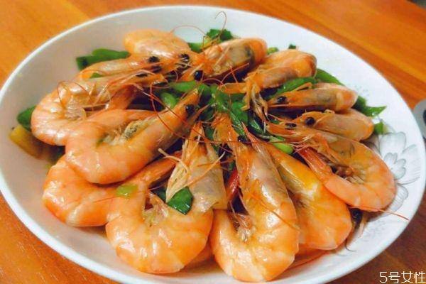 竹节虾孕妇可以吃吗 孕妇吃虾有什么好处呢