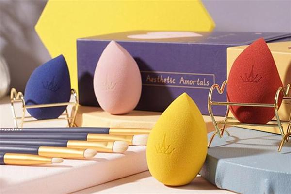 尔木萄美妆蛋多久换一次 尔木萄美妆蛋和rt哪个好用