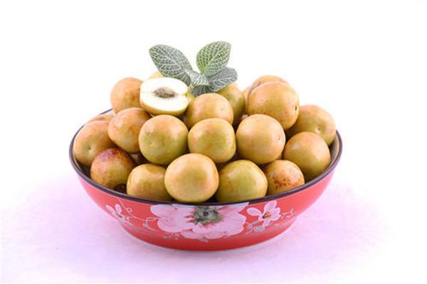 冬枣变红了可以吃吗 烫熟的红枣为什么口感不好