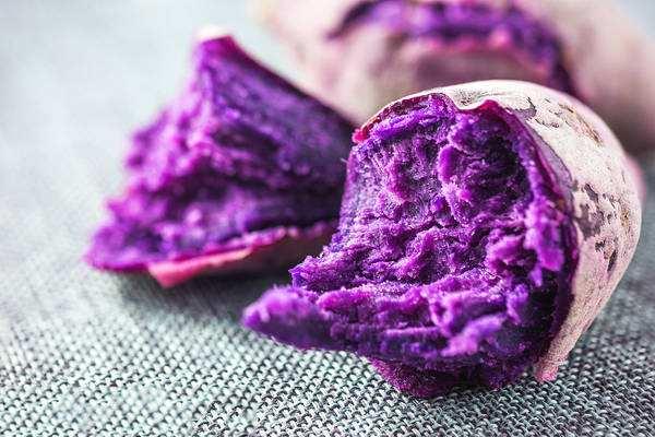为什么有点紫薯颜色很深 紫薯面包怎么做