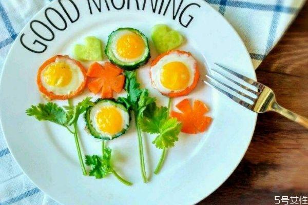 宝宝早餐吃什么好呢 宝宝营养早餐有什么呢