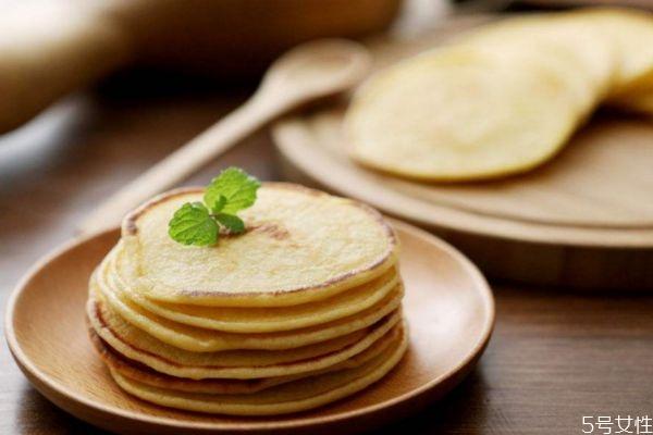 宝宝早餐饼做法有什么呢 如何简单做宝宝的早餐饼呢