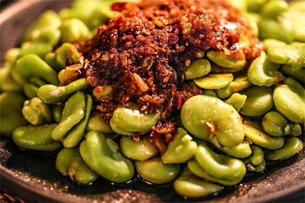 蚕豆中毒什么症状 蚕豆中毒自己会好吗