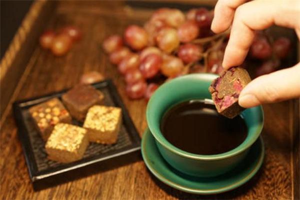 喝红糖姜茶可以暖宫吗 暖宫的红糖姜茶怎么做