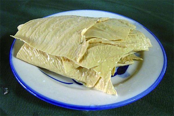 豆腐皮怎么炒好吃 豆腐皮热量