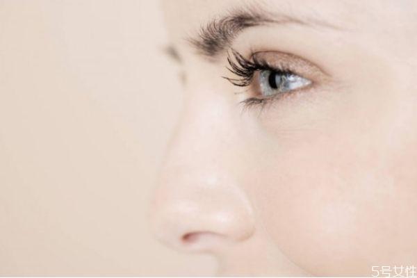鼻梁纹怎么去除 如何消除鼻梁上的皱纹
