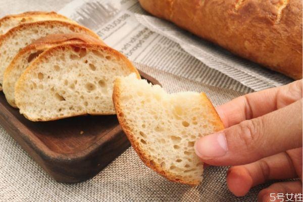 法式长棍面包的热量高吗 法式长棍面包减肥可以吃吗