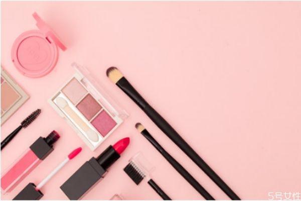便宜又好用的彩妆产品有哪些 便宜又好用的化妆品推荐