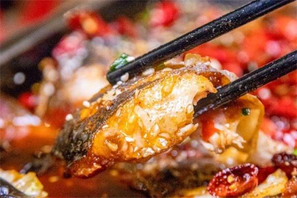 清江鱼不能和什么一起吃 清江鱼什么人不能吃