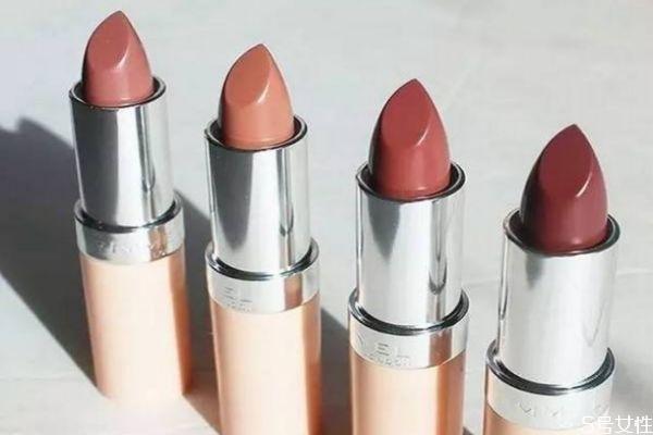 45岁选什么颜色口红 适合素颜妈妈的口红