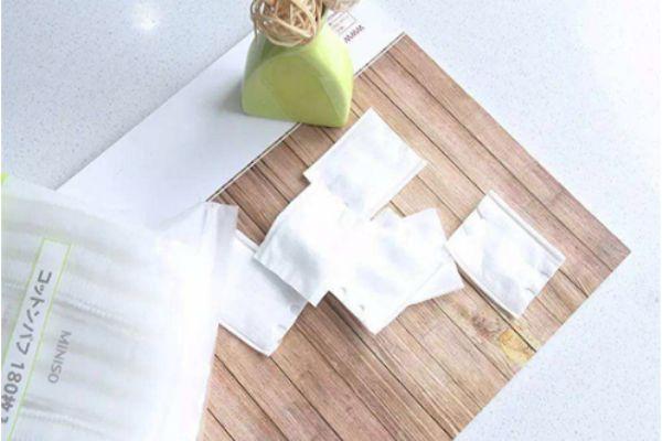 化妆棉是干什么用的 化妆棉的作用与使用方法