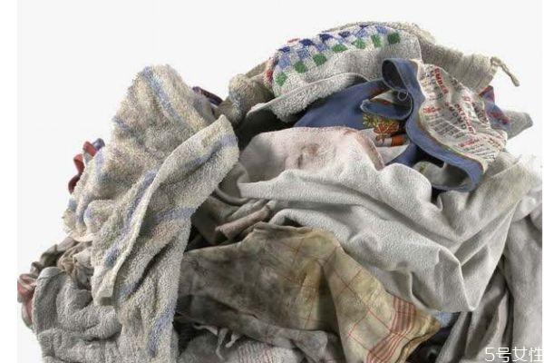 番茄汁弄衣服上怎么洗 清洗衣服污渍的技巧有什么