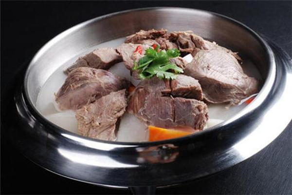 炖羊肉放白芷好吗 白芷炖羊肉怎么做好吃