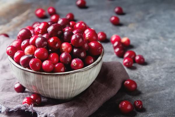 蔓越莓什么样的好 蔓越莓和蔓越莓果汁哪个好