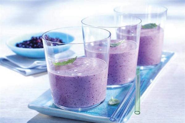 紫薯奶昔有什么营养价值 吃紫薯奶昔要注意什么
