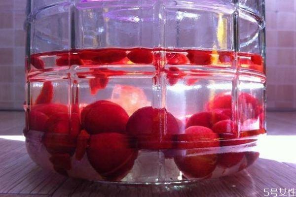 樱桃酒的酿制方法 樱桃酒治冻疮吗