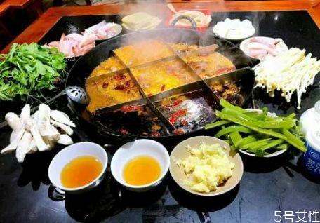 火锅蘸料怎么调才好吃 火锅是怎么由来的