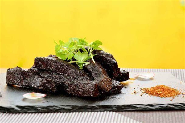 牛肉干一次适合吃多少 牛肉干保存方法
