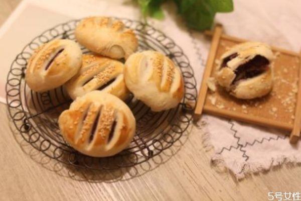 为什么叫老婆饼 老婆饼为什么受人们喜爱