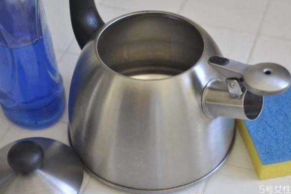 水壶中为什么会出现水垢 如何预防水垢