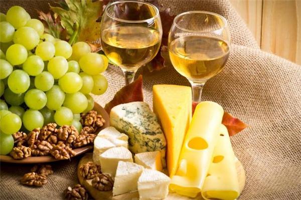 白葡萄酒怎么喝 孕妇能喝白葡萄酒吗