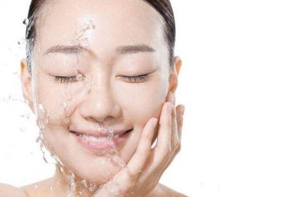 睡前护肤有哪些细节 睡前护肤有哪些注意事项