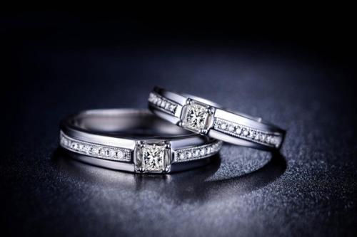 克徕帝和周大福哪个好 克徕帝钻石排名第几