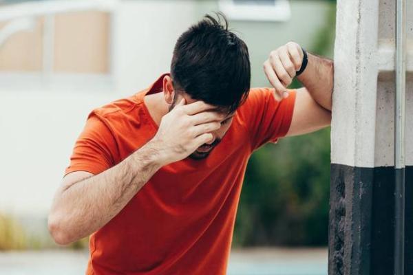 颈椎病头晕能热敷吗 颈椎病头晕多久能好