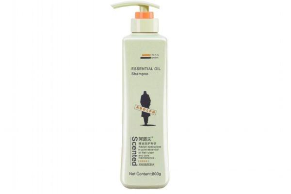 茶树精油洗头发图片