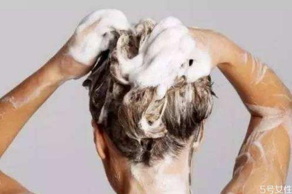 孕期能洗头吗 怀孕初期可以弯腰洗头吗