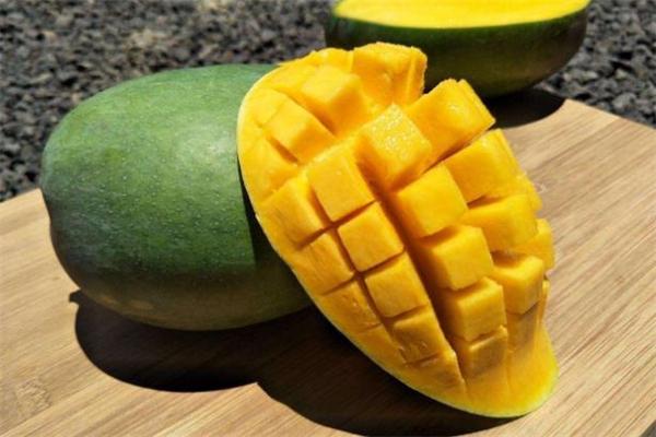 生的青芒果放多久能熟 切开的青芒果还能放熟吗