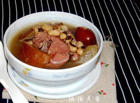 眉豆花生骨头汤的作用 眉豆骨头汤怎么做好吃