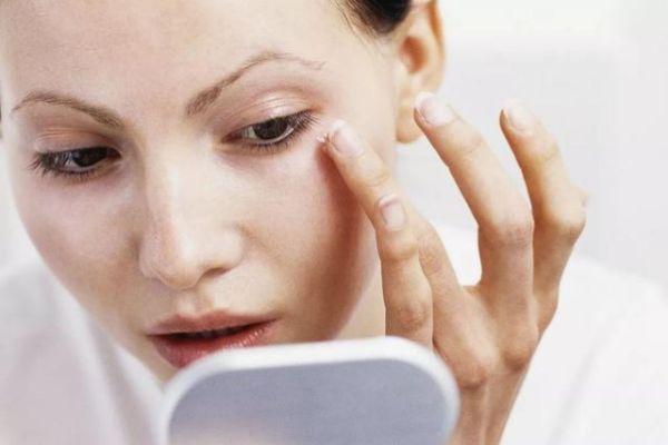 眼霜如何选择 挑选眼霜的方法