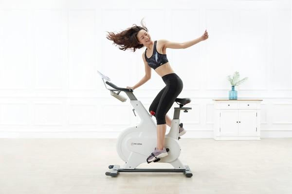 骑动感单车要戴护腰吗 腰不好能骑动感单车吗