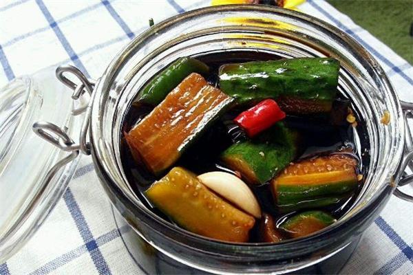 黄瓜咸菜怎么保存 黄瓜咸菜可以经常吃吗