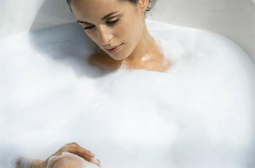 夏天可以天天泡澡吗 泡澡对怀孕有影响吗