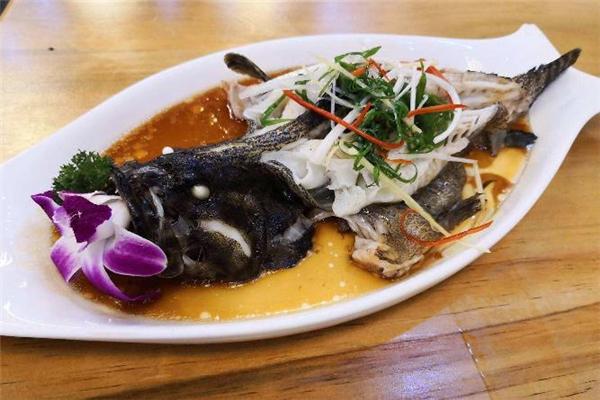 吃石斑鱼为什么不能喝酒 吃石斑鱼喝酒会怎样
