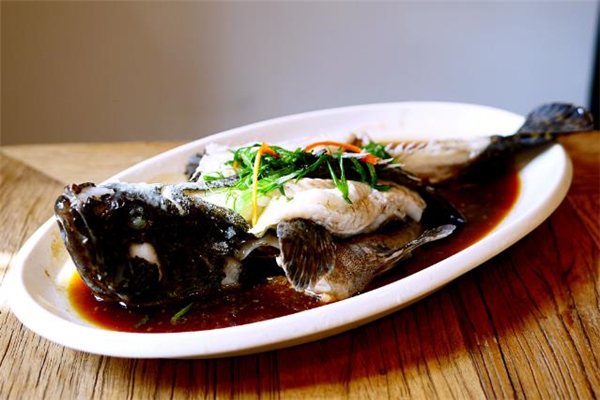 经期可以吃石斑鱼吗 产后可以吃石斑鱼吗
